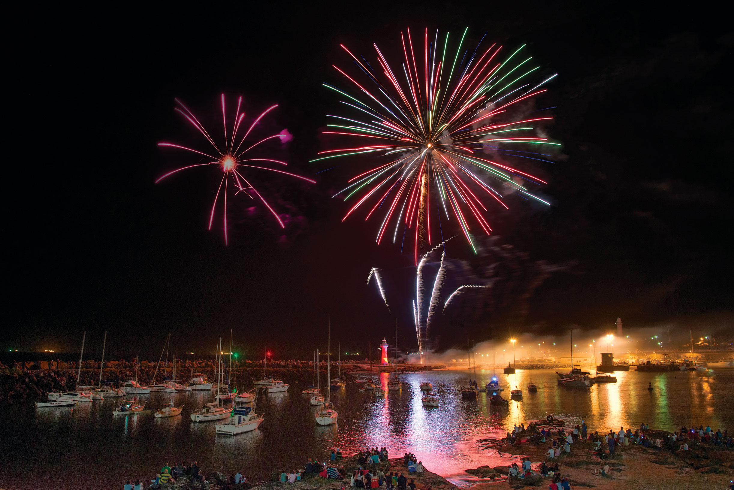 NYE fireworks over Belmore Basin