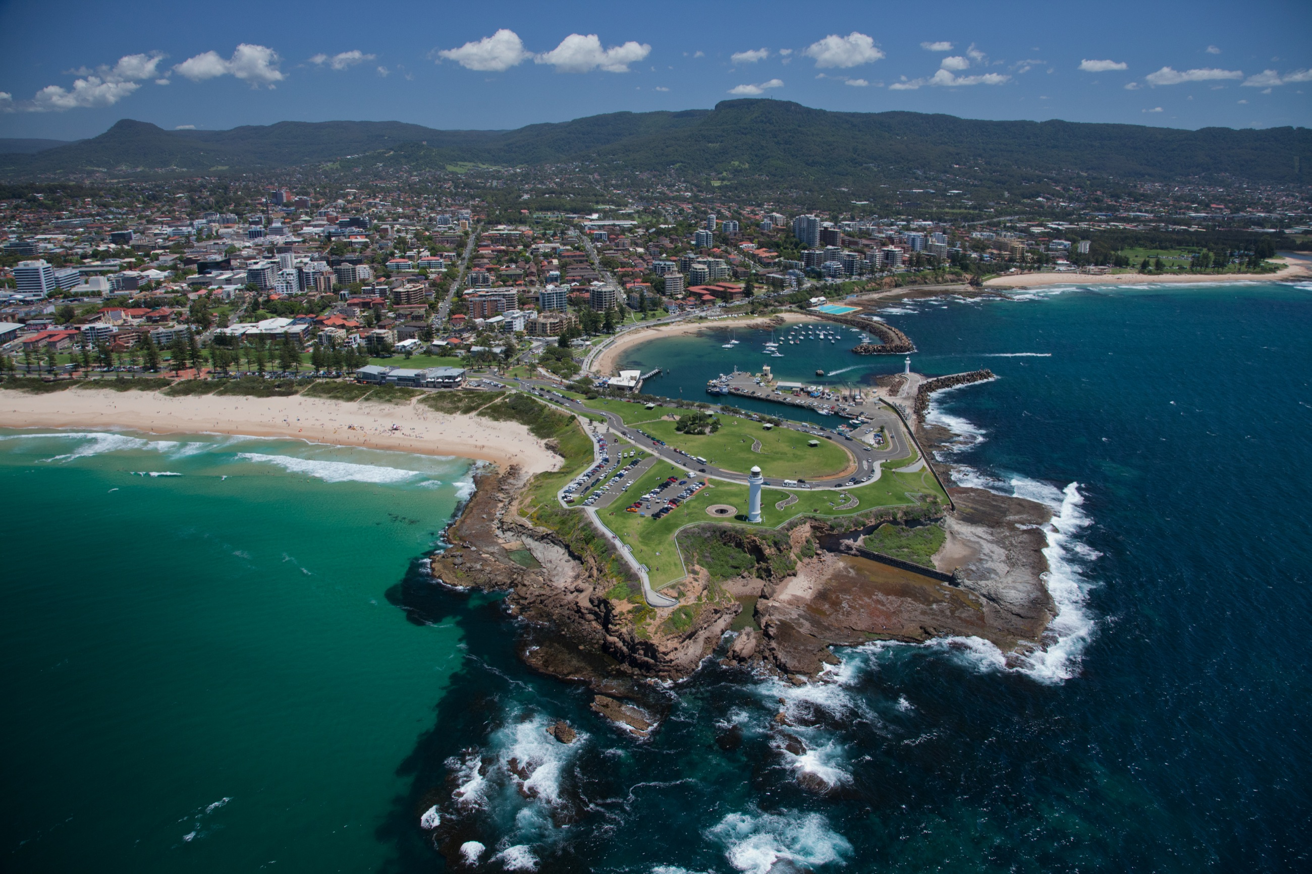 Aerial photograph of central Wollongong